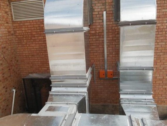 Units supplied by C & M T/A Chigo SA - Installed by Cooling Technologies JANE-FURSE-(7).jpg